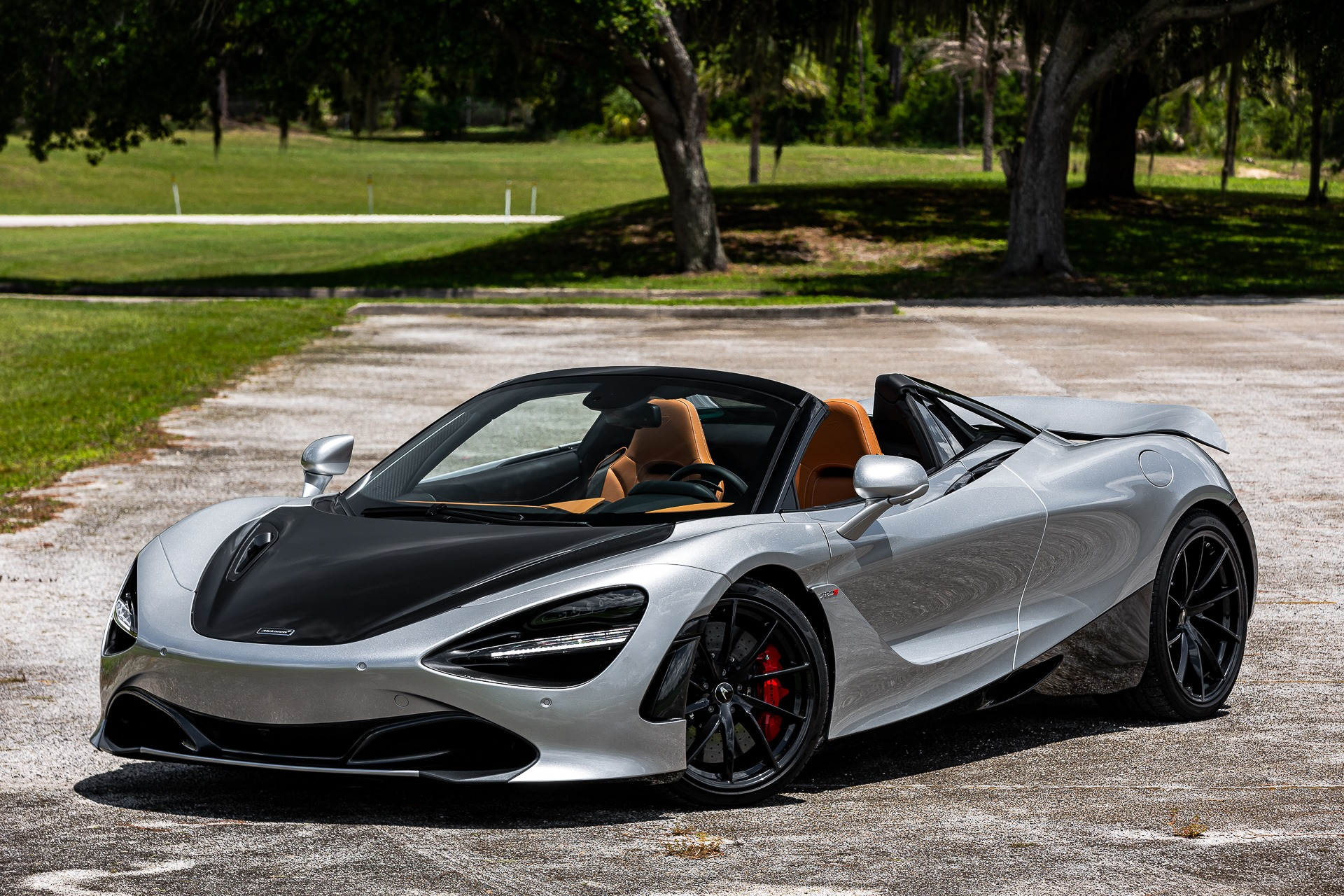 New 2020 McLaren 720S Spider Luxury for sale $357,910 at McLaren Orlando LLC in Titusville FL 32780 1