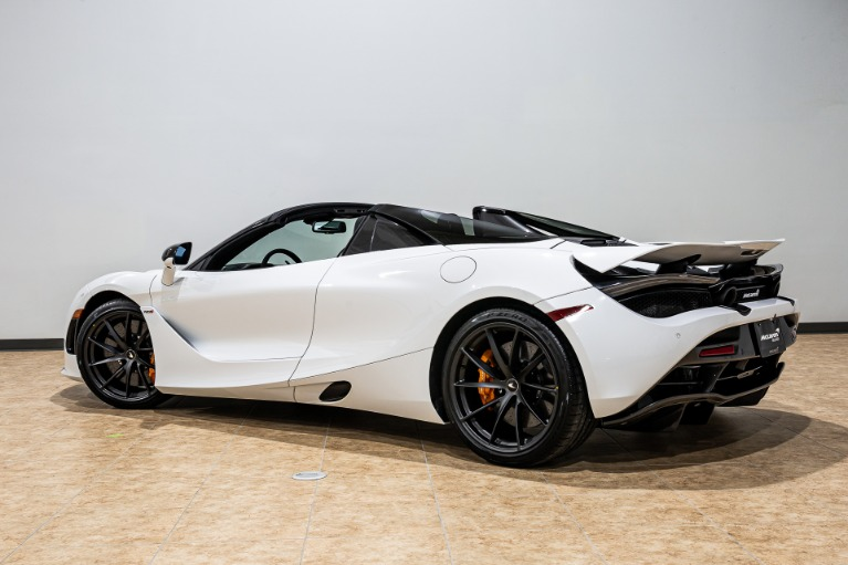 New 2020 McLaren 720S Spider Performance for sale $367,540 at McLaren Orlando LLC in Titusville FL 32780 4