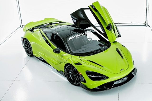 Green with envy on #SupercarSaturday for this incredible Lime Green 765LT 💚 Thanks to @GOINONProductions for this incredible studio shot! 📸 #McLarenOrlando #LimeGreen #765LT #OrlandoSupercars #SupercarsofIG #SpaceCoast