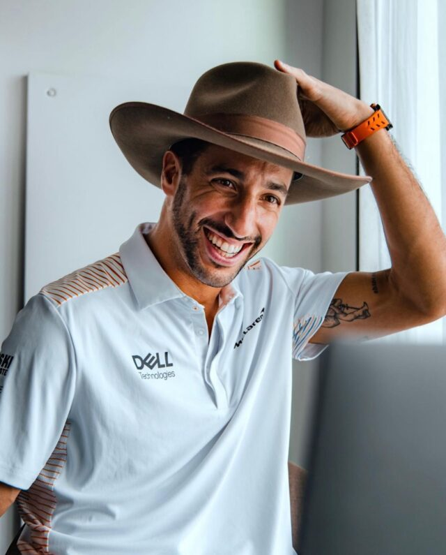 McLaren F1 is in Texas, y'all 🤠 Who else is excited for the #USGP this weekend? 🧡💙 #F1Friday #McLarenF1 #McLarenOrlando #DanielRicciardo #COTA